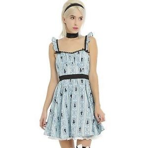 Disney Hot Topic Alice in Wonderland Lolita Dress